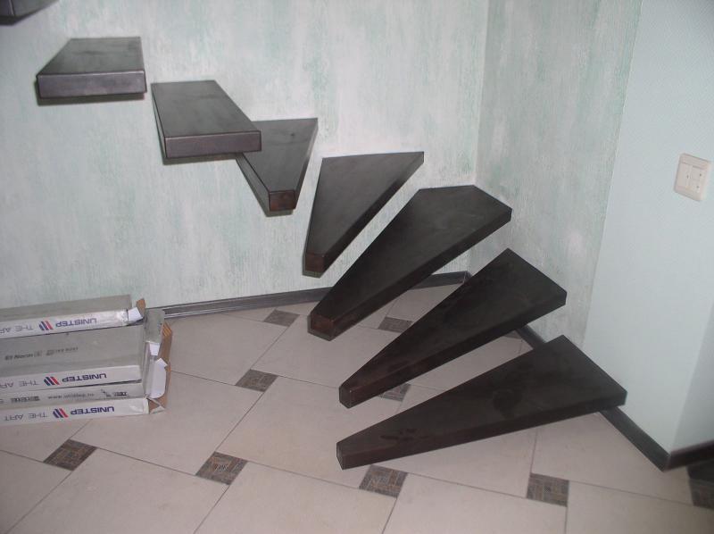 Лестница из бука для квартиры. ИП Кениг А.В.